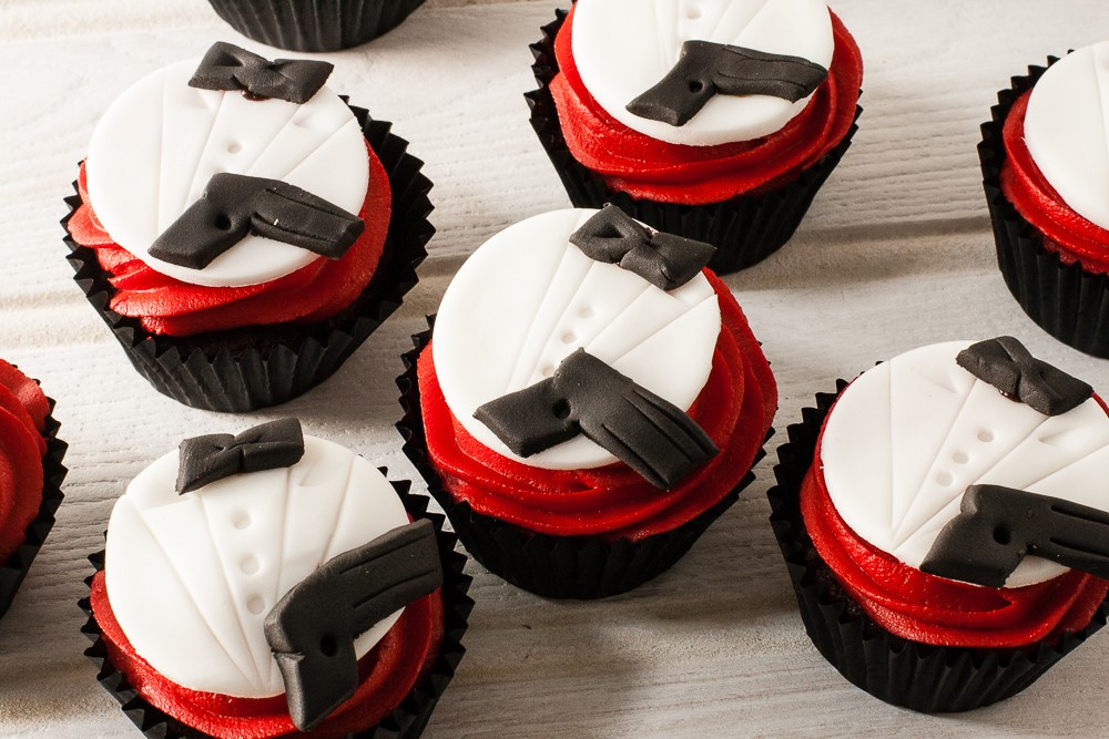 recipe image James Bond Cupcakes