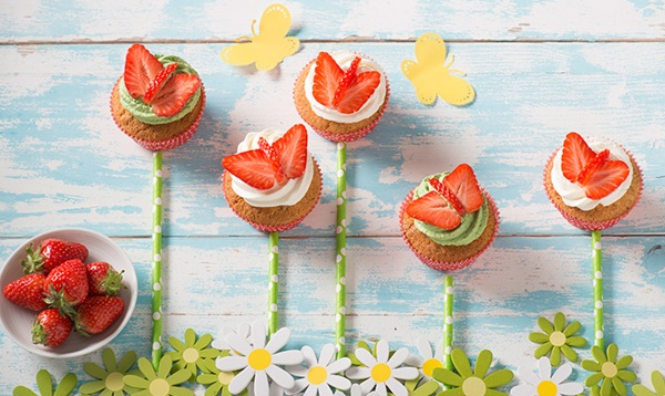 recipe image Strawberry Butterfly Cupcakes