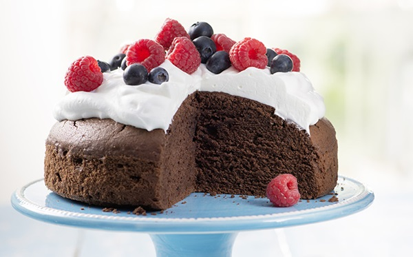 recipe image Chocolate Cake with Berries