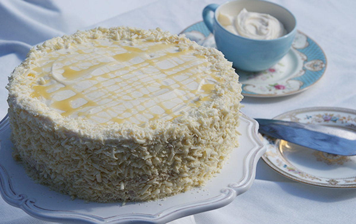 Limoncello Mascarpone Layer Cake