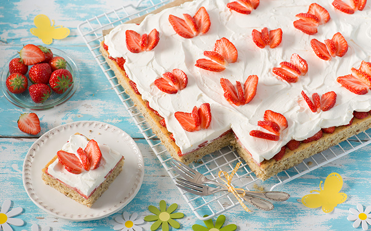 recipe image Strawberry Butterfly Cake