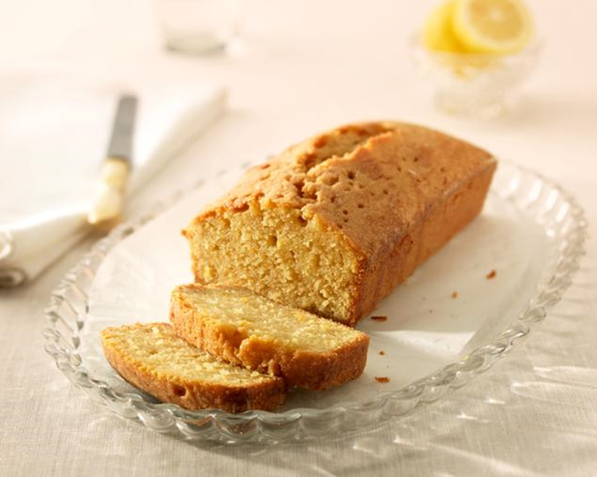 recipe image Lemon Drizzle Cake