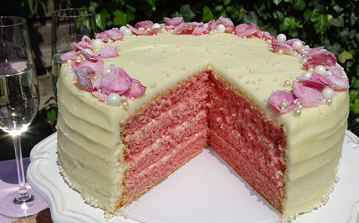 recipe image Royal Ascot Pink Bubbly Cake