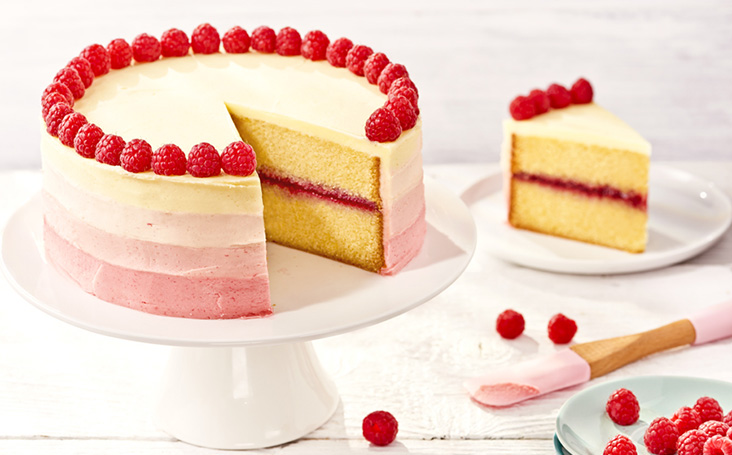 recipe image Raspberry Ombre Cake