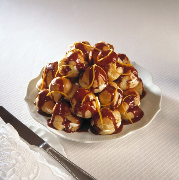recipe image Profiteroles with Chocolate Sauce