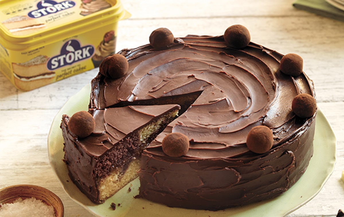 recipe image Chocolate Salted Caramel Marble Cake